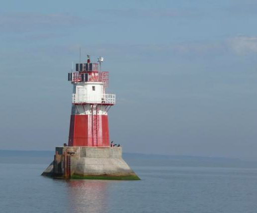 Midshallows Lighthouse
